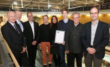Übergabe des siebten Stipendiums der Volksbank Göppingen an Keanu Leins